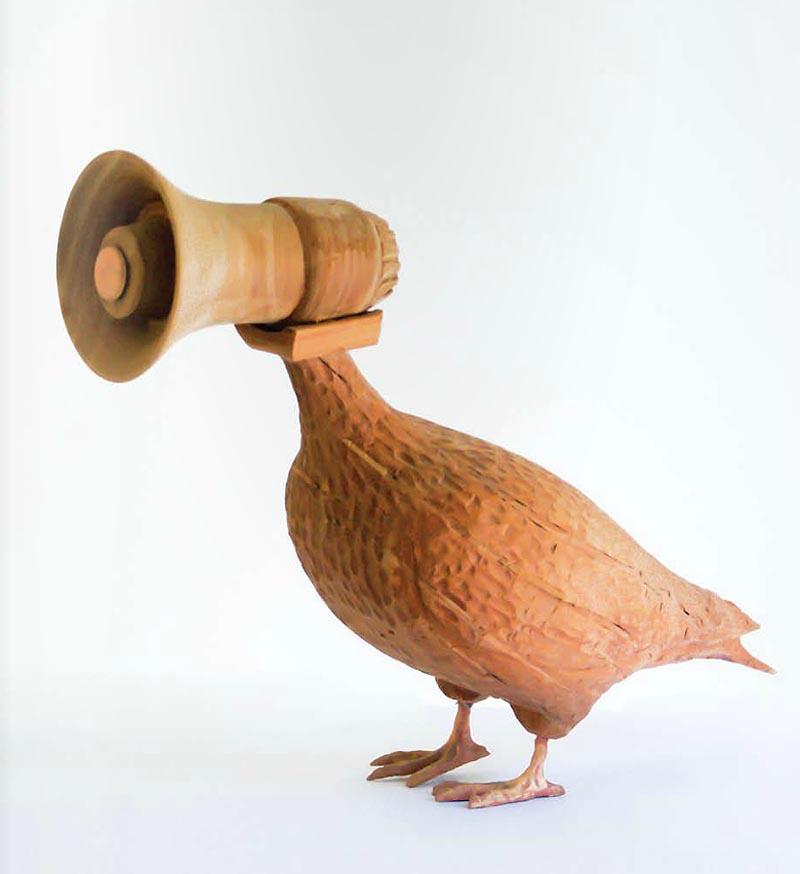 manuela-viera-gallo_paloma-vocera_megaphone-pigeon_pentagon_collabcubed